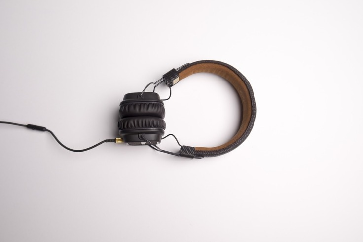 Headphones pic A